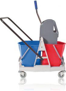 Wózek dwu wiaderkowy z prasą